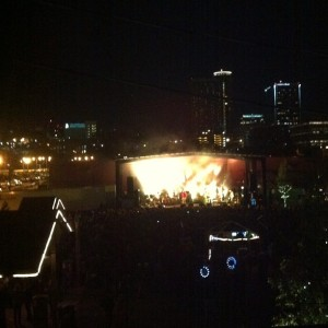 The Edward Sharpe & the Magnetic Zeros concert at the Crossroads